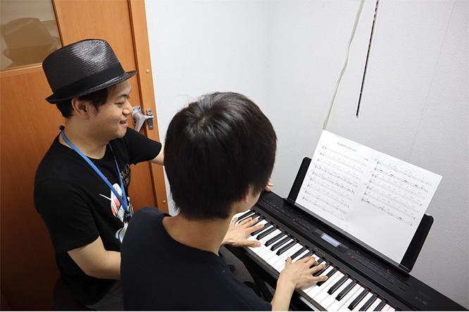 ポピュラーピアノ教室の様子